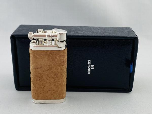 IM Corona Bruyere Mantel Natur Sandgestrahlt Design Feuerzeug der Old Boy Klassiker Made in Japan Pfeife
